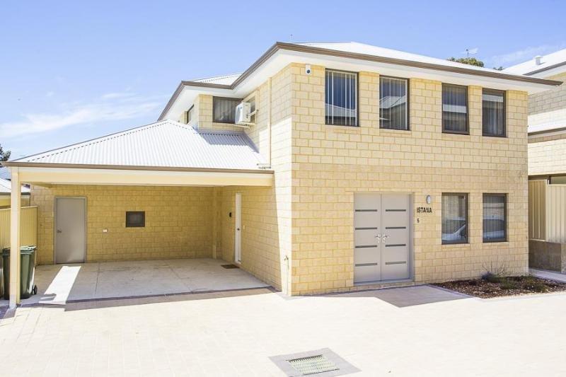 Nuova casa a due piani