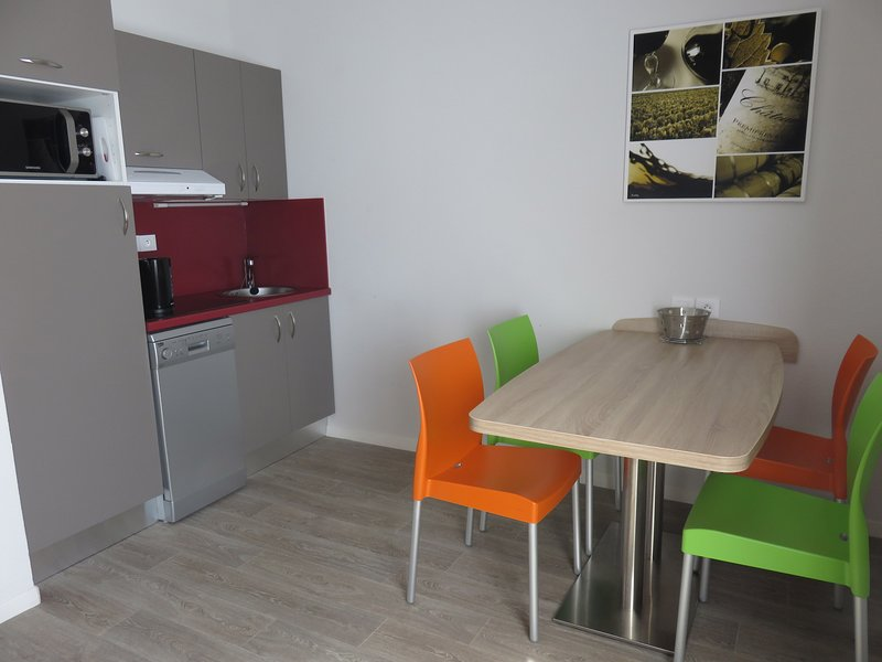 The equipped kitchenette and dining area will allow you to feel right at home!