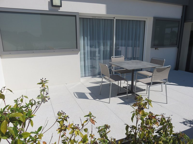Soak up the sun on your lovely furnished terrace.