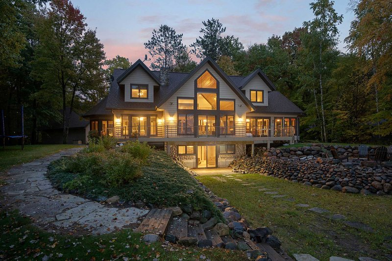 The property is absolutely stunning in the fall!