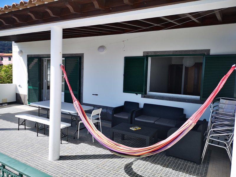 Casa Da Adega - Vivenda Perto Da Praia, vacation rental in Agua de Pau