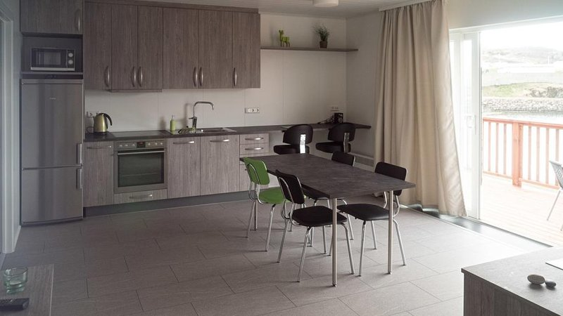 Apartment with Sea View (B), vacation rental in Stodvarfjordur