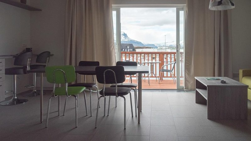 Apartment with Sea View (A), vacation rental in Stodvarfjordur