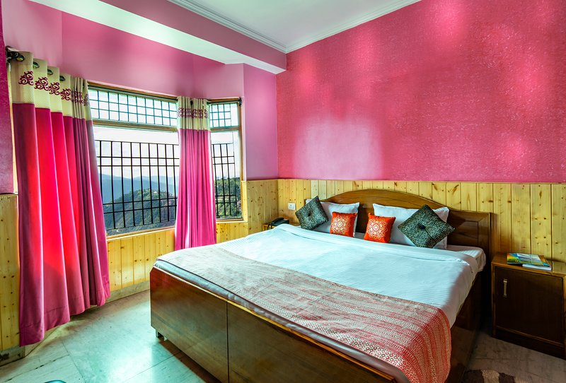 Auro'stay - Mount View Holiday Home - Bed n Breakfast 6, vacation rental in Janedghat