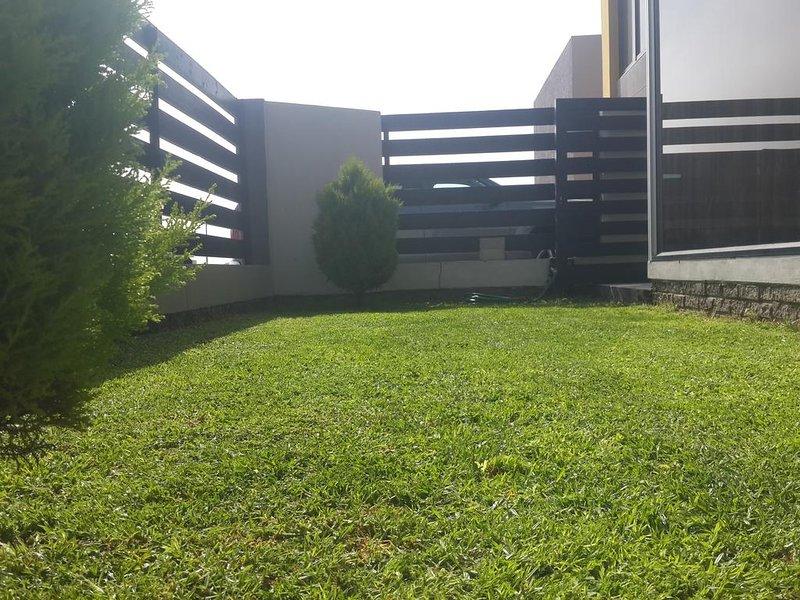 Seboa Guesthouse, Delantero, Césped,