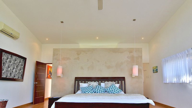 Master with Vaulted Ceiling, AC, Ensuite