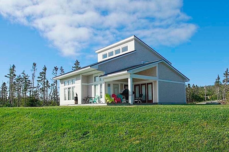 Eastern Shore Luxury Cottage, holiday rental in Sheet Harbour