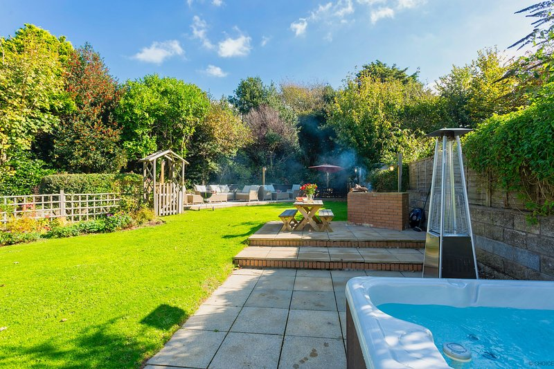 CROYDE BRAMBLES | 5 Bedrooms, holiday rental in Braunton