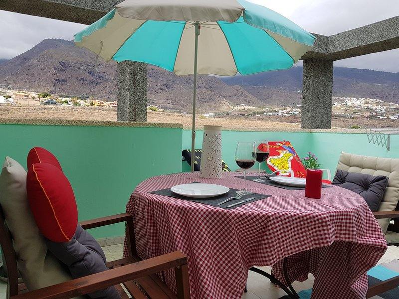 The Happiness Penthouse, vacation rental in Candelaria