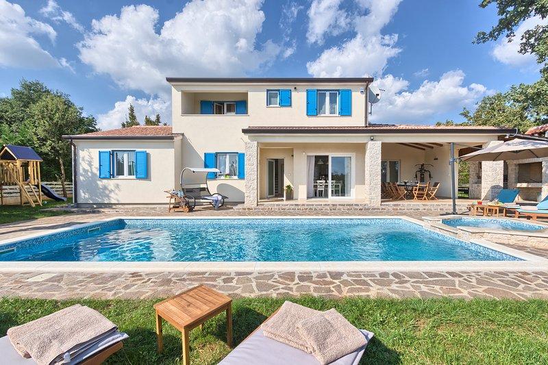 Villa Ilija Jan Dragčević       /   METALBENETON d.o.o., holiday rental in Zminj