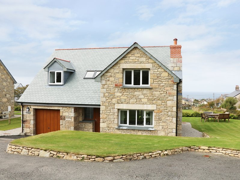 Myles View, Pendeen, holiday rental in Botallack