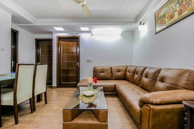 Three room home#Wifi#kitchen#clean#Independent#10 min from City Center, Ferienwohnung in Neu-Delhi