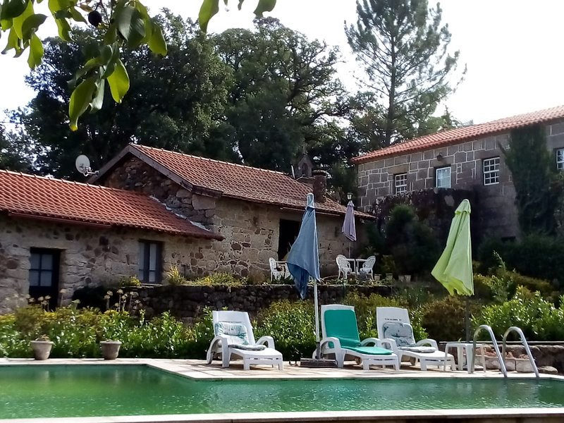 Beautiful villa with swimming-pool, location de vacances à Cerva