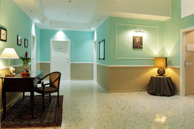 Appartamento S. Cecilia - Monolocale Messina Centro, holiday rental in Messina