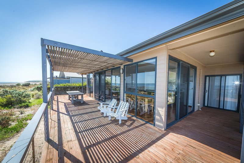 20 Lady Bay Road - Normanville, SA, vacation rental in Wirrina Cove