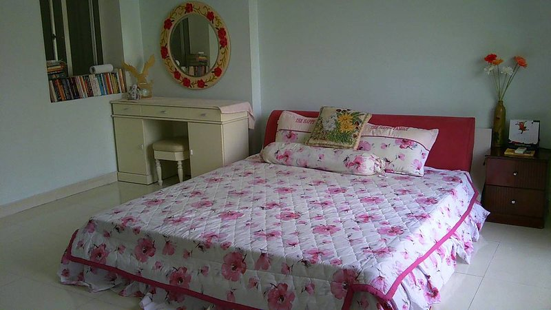 Cheap room for rent in Ho Chi Minh city, vacation rental in Tan An