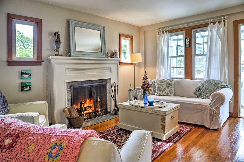 Réclamez ce chalet de location de vacances confortable pendant votre séjour à Old Saybrook!