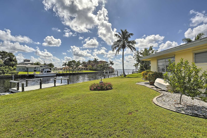 Plan a trip to paradise at this 3-bedroom, 2-bath vacation rental cottage!