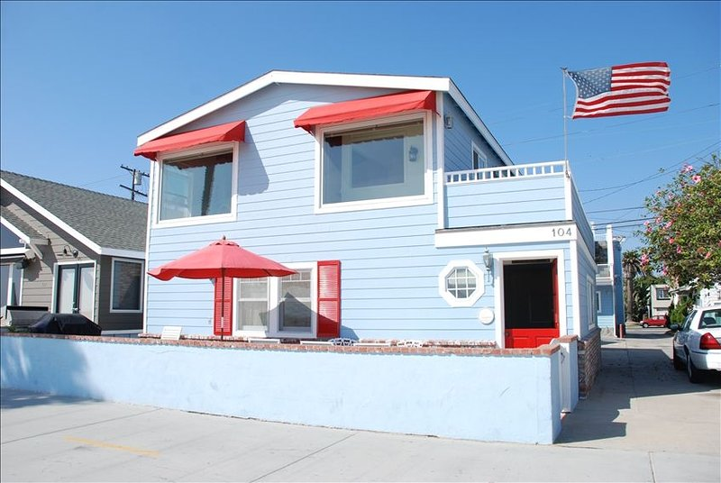 THIS IS THE HOUSE!!!RIGHT ON THE BEACH!, alquiler de vacaciones en Newport Beach