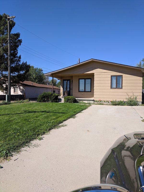 Cute 2 bedroom awaits you. 1 car garage. Large back yard