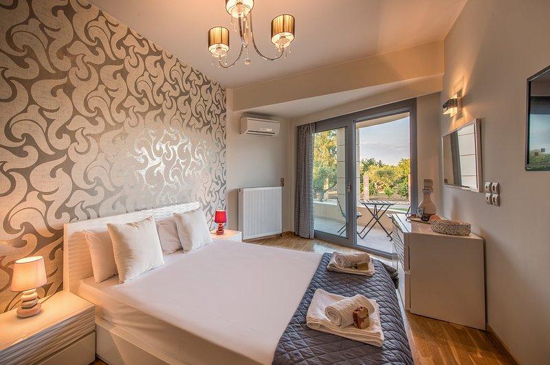 Astarte Villas - Istar Luxurious Private Villa, holiday rental in Lagopodo