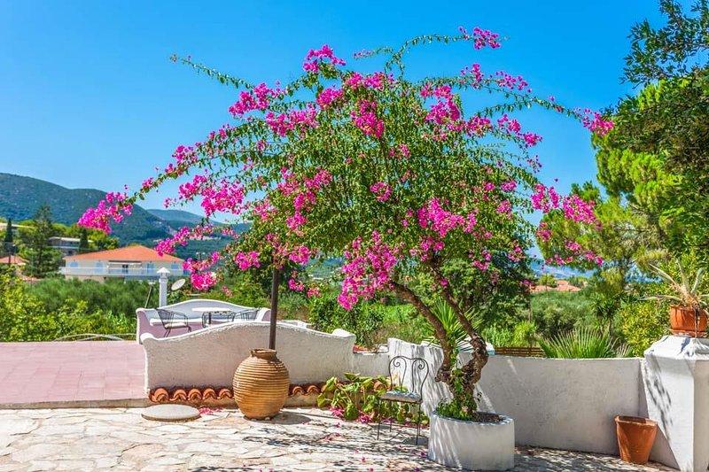 Astarte Villas - Hacienda Private Villa with Pool