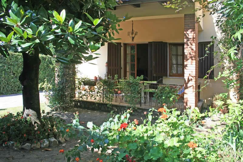 Villa Patio, vacation rental in Forte Dei Marmi