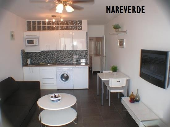 Modern apartment in Mareverde Complex, location de vacances à Adèje