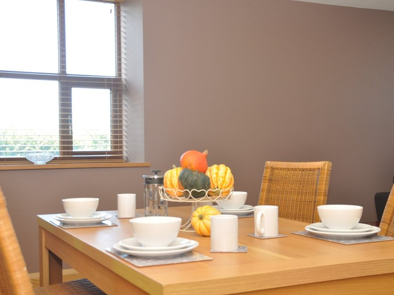 Enjoy dining in the open-plan lounge/diner
