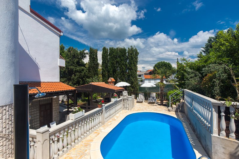 Ground floor apartment Željka 299 in Malinska with BBQ and swimming pool, vacation rental in Malinska