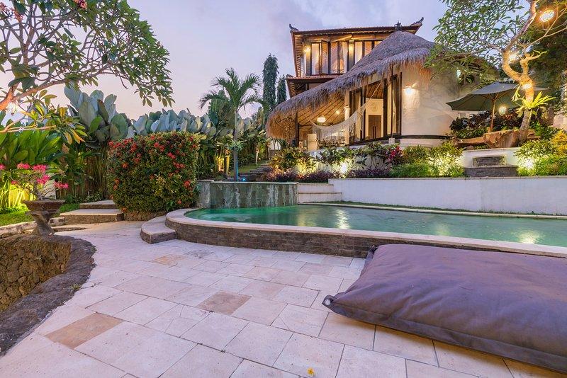 Bohemian Jungle Villa Canggu, holiday rental in Pererenan
