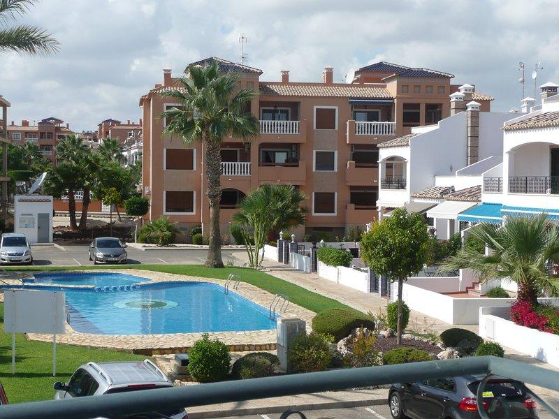 Casa  Nabucco,Villamartin,  zwembad,wifi, en drinkwater uit de kraan. – semesterbostad i Orihuela