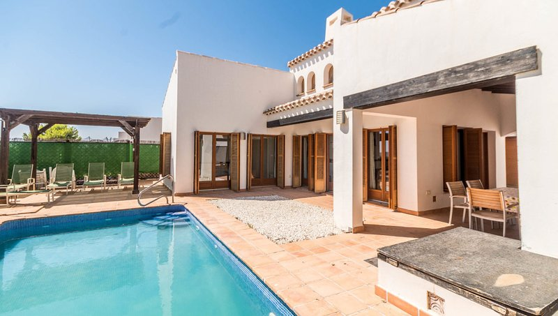 Turquesa 61 Entire Villa & Private Pool perfect for family, couples, golf hols., vacation rental in Murcia