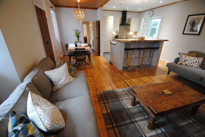 Mauldslie Hill Cottage, vacation rental in Oxton