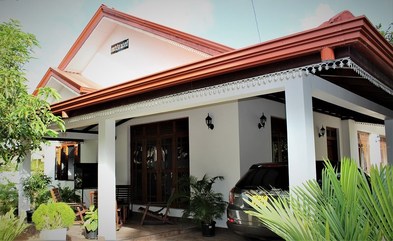 Aradhya Residence 'Your Comfort is our Promise', vacation rental in Saliyapura