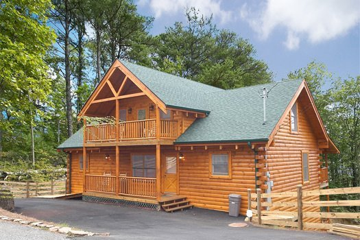 Log Wild! UPDATED 2019: 4 Bedroom Cabin In Pigeon Forge
