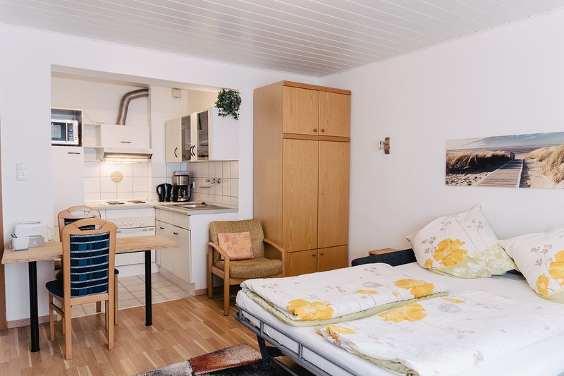 Apartment in Innenstadtnähe 1. OG Nr. 2, vacation rental in Dietzenbach