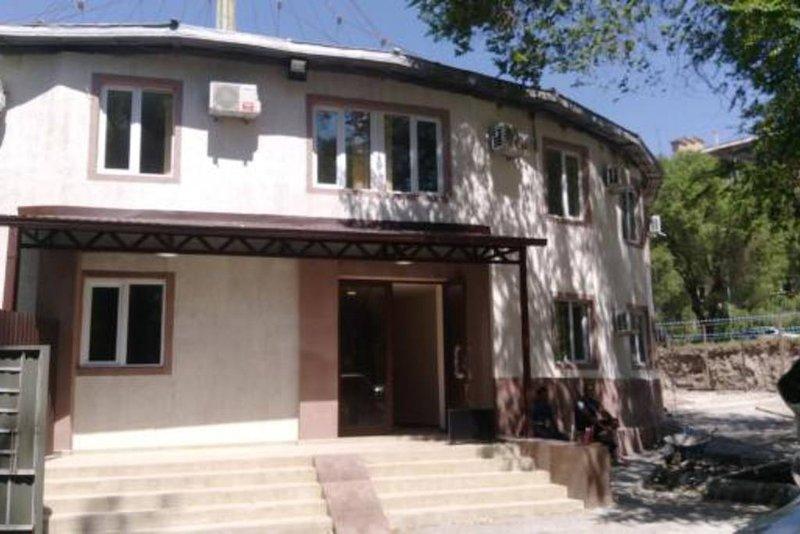 Shree Gopal Gayatri Lok Hotel Standard Double Room 4, holiday rental in Kotayk Province