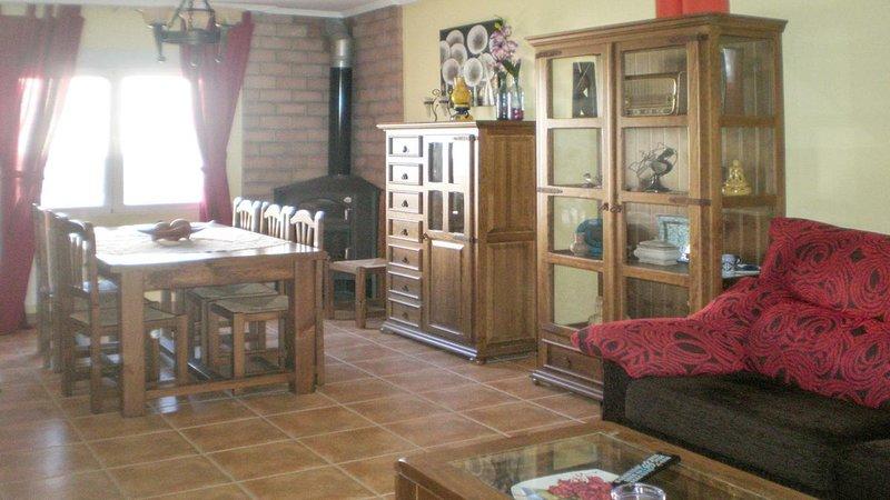 Casa rural castellar de santiago, location de vacances à Aldeaquemada