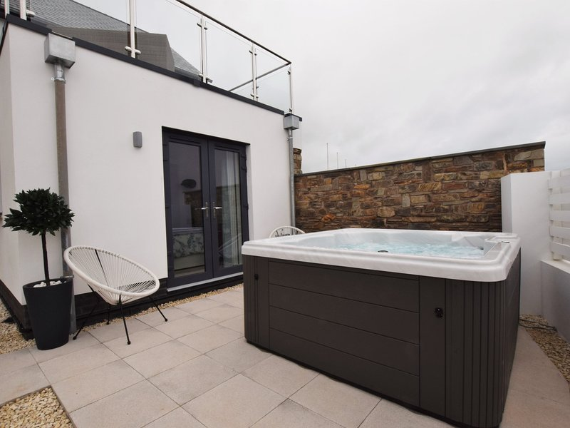 Downstairs en-suite for double bedroom
