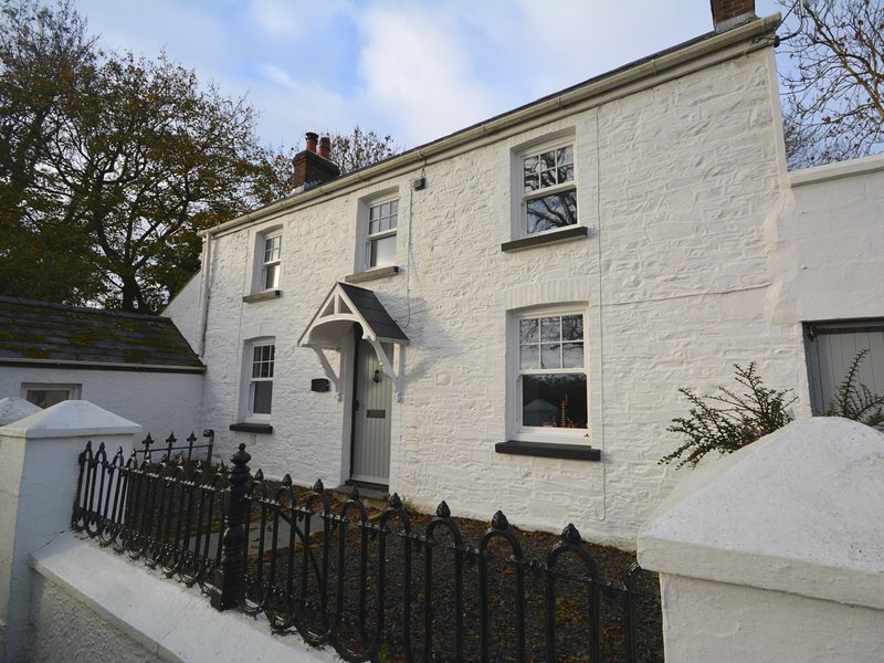 A superb country cottage yet only a short distance to the sandy beach