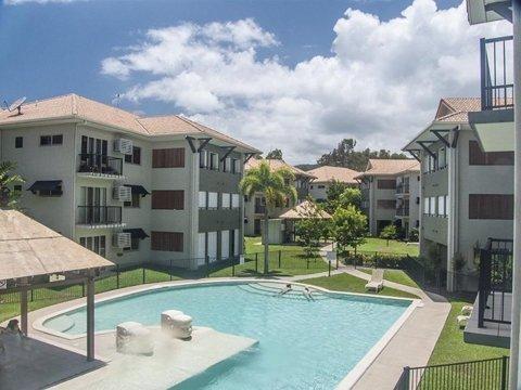 Luxury Apartment close to Clifton Beach, casa vacanza a Kuranda
