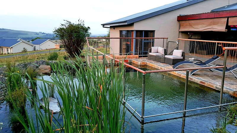 Dragons Mist: A luxury self-contained cottage on an exclusive nature estate, alquiler de vacaciones en KwaZulu-Natal