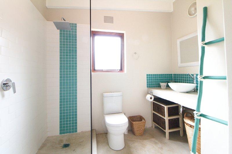San Lameer Villa Four bedroom, holiday rental in Trafalgar