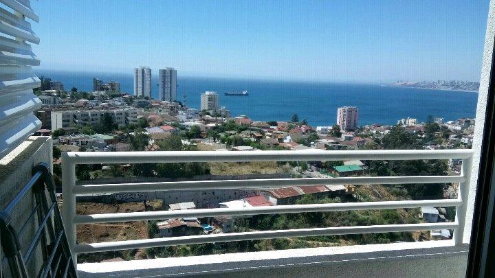 Emilysuites Viña del Mar Departamento completo,  Wifi y estacionamiento gratuito, holiday rental in Quilpue