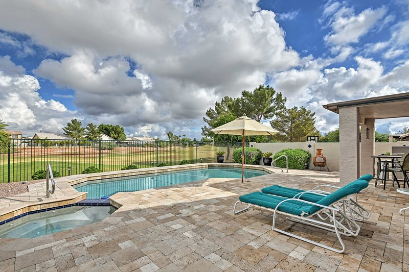 Experience the Arizona retreat of your dreams at this amazing house!