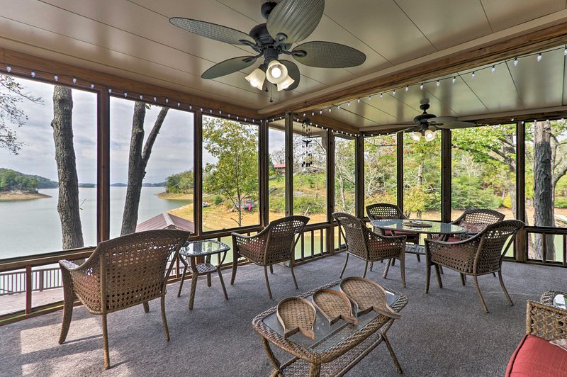 With a screened-in porch and views, this 7-bedroom, 4.5-bathroom home is 5-star.