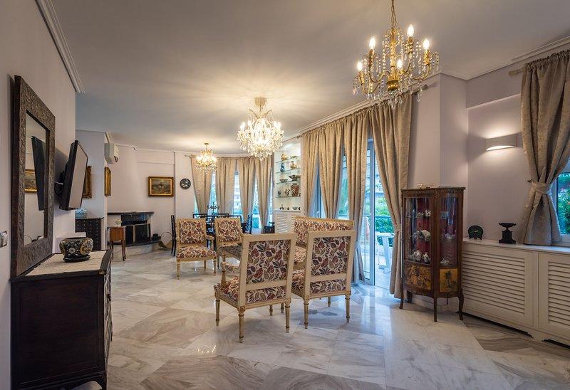 A beautiful  vintage apartment in  Glyfada – semesterbostad i Glyfada