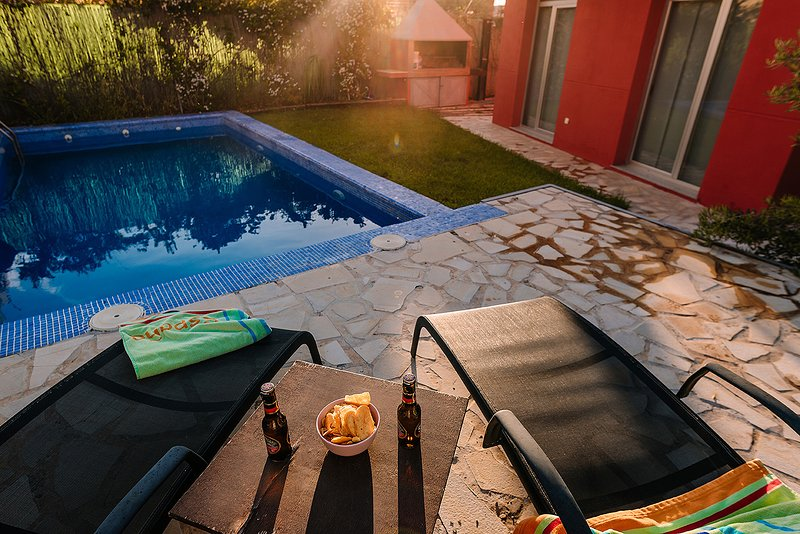 Espectacular chalet de diseño en Granada, aluguéis de temporada em Otura