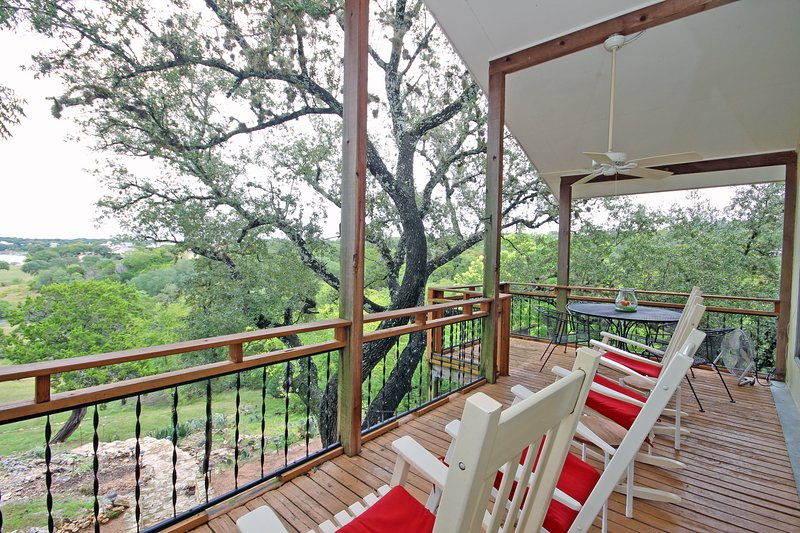 Raised deck overlooking Canyon Lake - Walk directly to the lake from this Waterfront Home